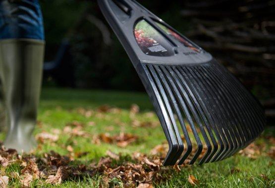 Uzturiet tīrību dārzā